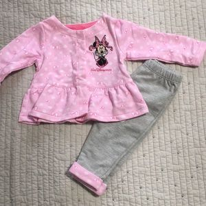Disney Matching Sets - NWT baby girl Disney outfit